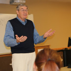 Trustee Larry Gerdes shares advice with Midwest Entrepreneurs class