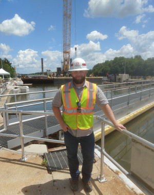 Stefan Flynn ?14, standing at the Marseilles Lock and Dam near Marseilles, Ill., is helping Midwe...