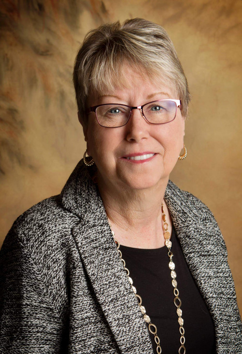 LINDA GROVES: Though not an alumna herself, she's made a gift to the capital campaign that ho...